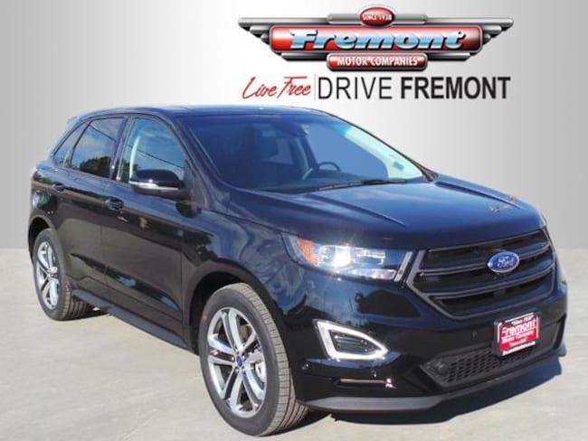 Ford Edge Sport Suv V  Cyl